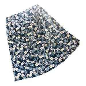 Sag Harbor Floral knee length 18 Skirt Spring Blue